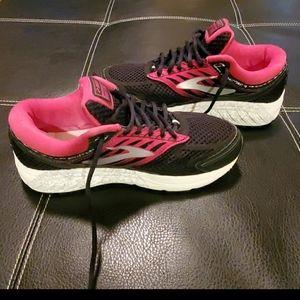 Brooks addiction 13 running shoes